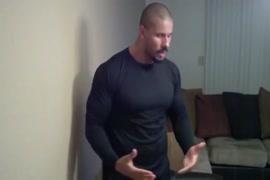 Músculo de sansón posando y sin flexión fuckfest no jo